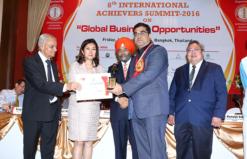 Award Image4